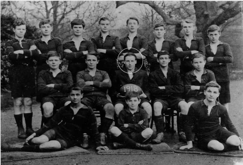 1918-Eric-Liddell-as-captain-of-the-rugby-1st-XV-at-Eltham-College